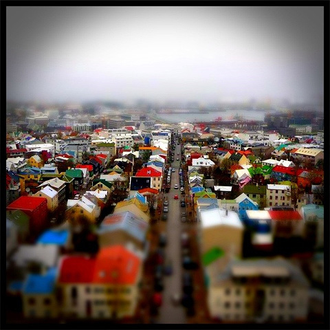 Magic Hour for iPhone by Kiwiple - Tilt shift