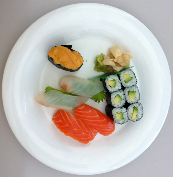 iPhone 5 leaked photo, depicting a sushi plate
